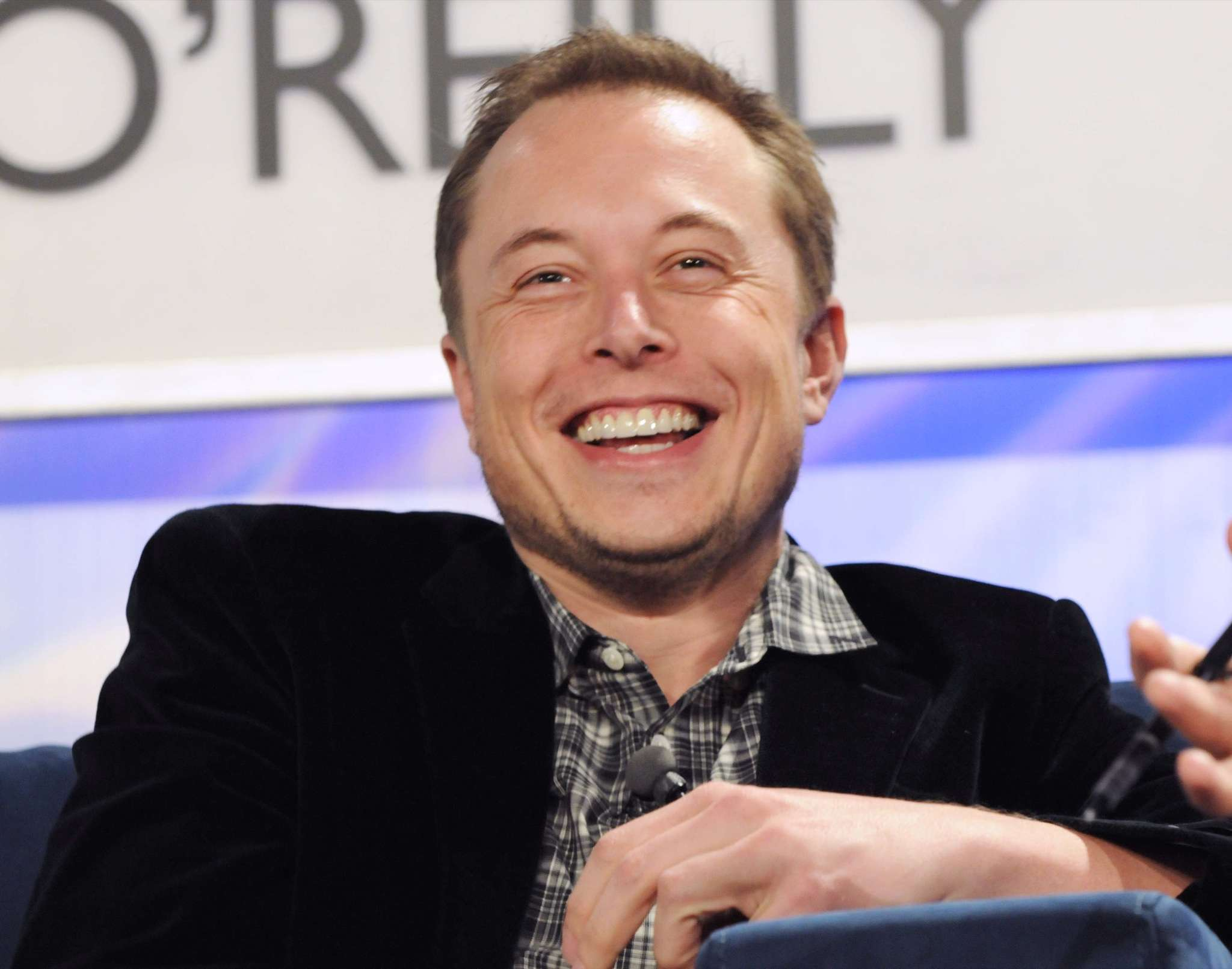 Tesla and Neuralink founder Elon Musk speaks at a forum on the internet in San Francisco on November 7, 2008. (Image Credit: JD Lasica/Flickr)