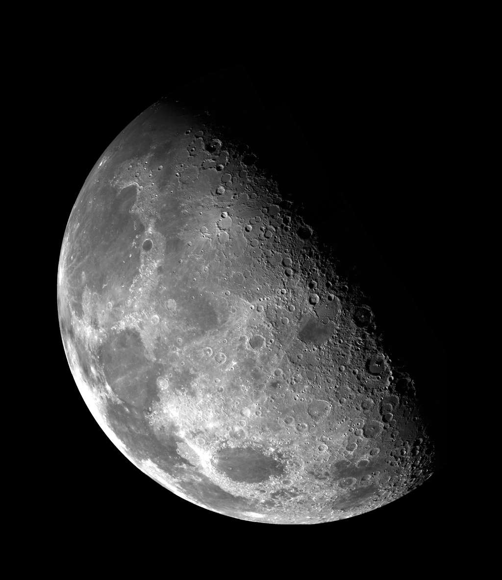 This view of the Moon's north pole is a mosaic assembled from 18 images taken by Galileo's imaging system through a green filter as the spacecraft flew by on December 7, 1992. (Image Credit: NASA)